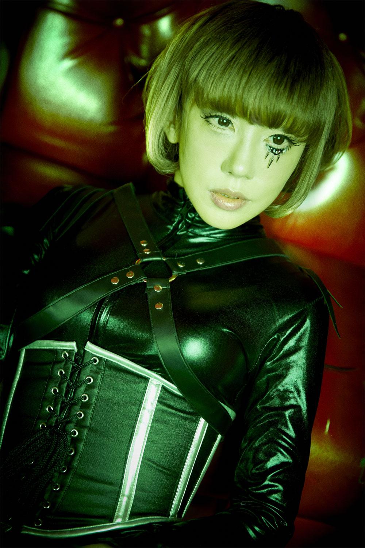 6月2日(土)山咲千里さん 写真集『NEW EARTH』発売記念 撮影会Vol.2 開催決定です!
