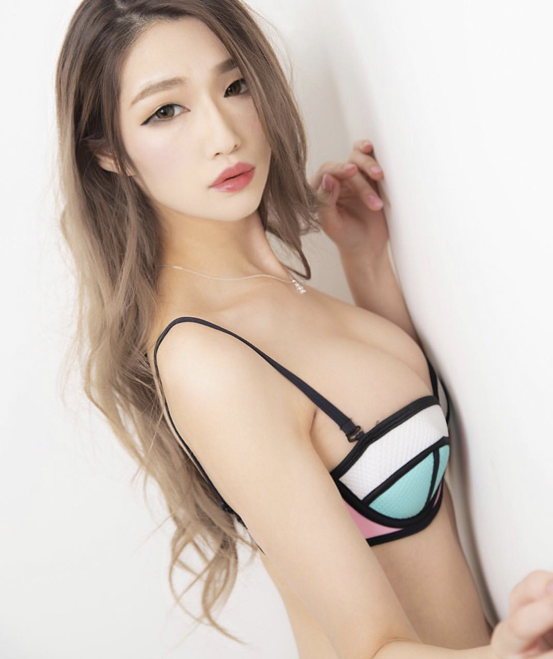 4月20日(土)ゆうさん【水着&ランジェリー】個人撮影会 開催決定です!